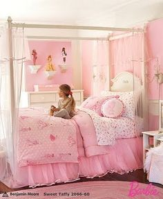Jumped on the PBK Barbie bedding when it hit the Outlet