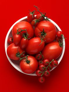 tomates red