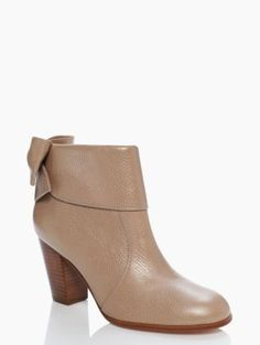 Kate Spade bow booties http://rstyle.me/~2sOK0