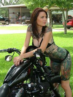 hot biker chick  www.bikerkiss.org