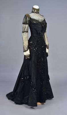 Evening dress, taffeta with beads and sequins, no location available, ca. 1900