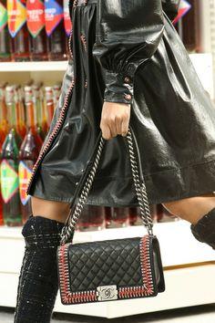 Chanel  Fall 2014 Ready-to-Wear  #ParisFall2014 #PFWfall2014 #Chanel