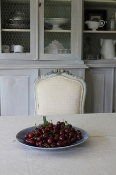 Trouvais...cherries at the table