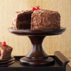 Chocolate Lover's Cake A fantastic chocolate dessert can be tweaked to become even better with the variations provided in this recipe.