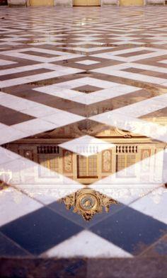 derek-fernandes:  Versailles, 2013by Derek Fernandes