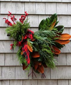 Tilly's Nest: Craft a Holiday Chicken Wreath