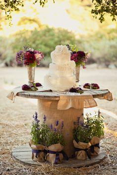 cake table- adorable!