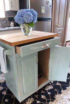 DIY Beautiful Cottage  Kitchen Cart Makeover !