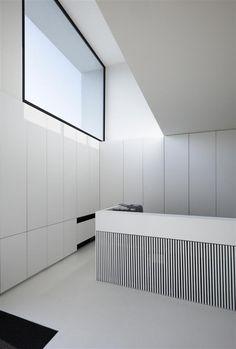 Kitchen by Belgian architects Braux & Baeyens.