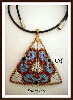 Triangulo con tupis