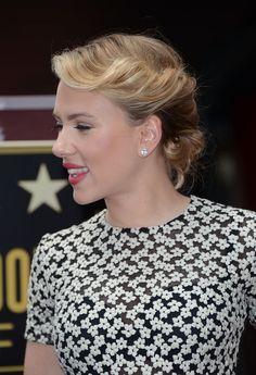 Scarlett Johansson Bobby Pinned updo - Bobby Pinned updo Lookbook - StyleBistro - via http://bit.ly/epinner