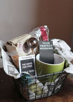 25 DIY Gift baskets for any occasion coffee lovers, gift baskets, gift boxes, craft, coffe gift, gift ideas, coffee gift basket ideas, diy gifts, 25 diy