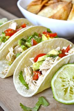 Slow Cooker Zesty Chicken Tacos, it just doesn't get any easier than this! Quick and healthy! #glutenfree www.maebells.com