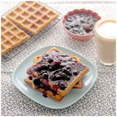 Foodagraphy. By Chelle.: Sour Cream Waffles