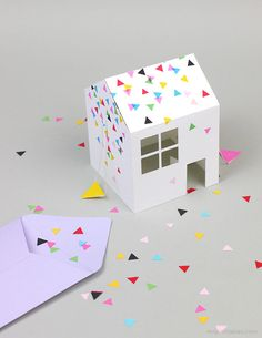 Pop-Up House Party Invitation - Mr Printables : This little party invite can pop out of your envelope into a 3D house.