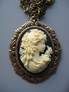 Victorian Cameo Necklace - Victorian Jewelry