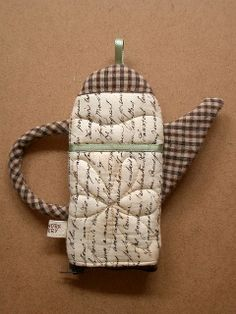 Teapot glasses holder (but could be oven mitt!)