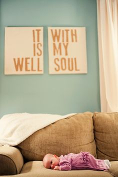 i want to make this!  The wall hanging that is. ;) (LOVE the baby too though!)