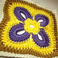 day 10 crochet motifs free pattern, granny square motif, crocheted granny square, crochet granny squares, free crochet motif patterns, crochet granni, granni squar, crochet square pattern free, crochet patterns