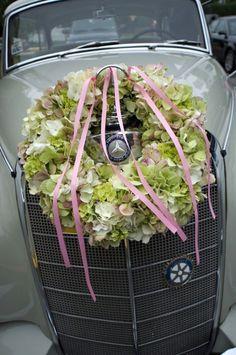 For the Wedding Car mercedes benz, hydrangea wreath, galleries, idea, car decor, wedding cars, photography, wreaths, hydrangeas