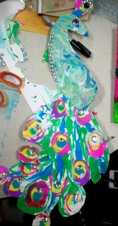 another paper marbling idea!  i need to do this again this year!