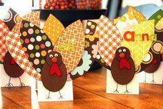 thanksgiving turkey, thanksgiving crafts, thanksgiving decorations, place cards, thanksgiving table, thanksgiving cards, card crafts, diy projects, kid
