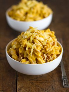 The ultimate autumn version! White Cheddar Mac N' Cheese with Squash and Toasted Walnuts. #food #mac #macaroni #cheese #pasta #autumn #fall