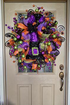 Halloween Mesh Wreath #wreath #decomesh #halloween