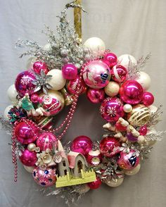 """""""Pink Christmas"""" wreath by Glittermoon Vintage Christmas."""