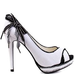 Heels I LOVE ...      Not Rated  				  				Strawberry Fields - Blk White