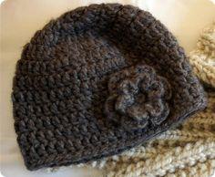 Easy peasy adult crochet hat.