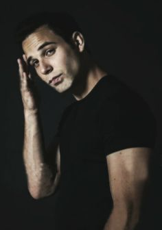 Skylar Astin from Pitch Perfect. He's like a younger, cuter version of Dane Cook. pitch perfect, favorit peopl, guy, futur husband, celeb crush, skylar astin hot