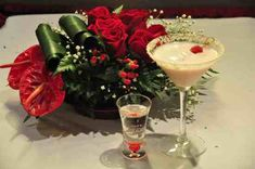 Valentine's Day drinks: Cupid's Kiss and Love Potion Shooter. #Cocktail #Recipe