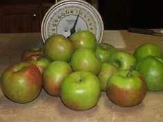 Step by step instructions on canning apple butter
