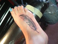 Feather tattoo! :)  #girl #tattoo