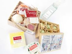 Aroma do corpo. Você e sua casa perfumadas! Kits para banho, sprays para ambiente, sabonetes, cremes hidratantes e sachês perfumados.