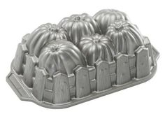 Nordic Ware Pumpkin Patch Loaf Pan: Amazon.com: Kitchen & Dining