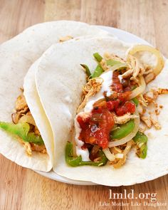 Crockpot Chicken Tacos. An easy and delicious meal for a busy work day! #lmldfood