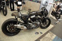 Harley- Davidson Cafe Racer #motorcycles #caferacer #motos | caferacerpasion.com