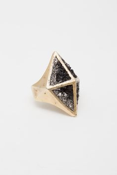 Lady Grey, Giza Ring, facets filled by hand with bismuth and jet