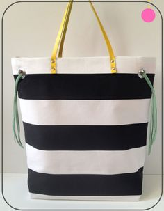 Free Bag Pattern and Tutorial - Stripes + Color Tote Bag