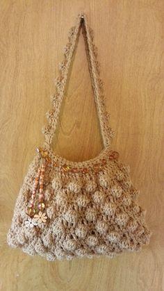 #Crochet Bobble Stitch Handbag Purse #TUTORIAL https://www.facebook.com/pages/Stylen-with-Cstyles-Bag-O-Day-Crochet/250904791744364