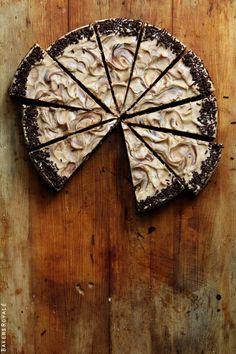 Biscoff Brownie Cake #cake #brownie #chocolate #pie #sweet #dessert #snack #recipe #recipes