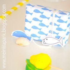 FREE printable nautical fish pattern paper