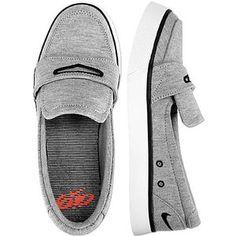 Nike 6.0 Balsa Shoe ... I LOOOVE THESE!