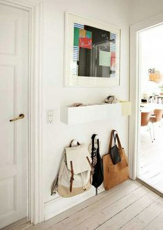 Good idea for bags...maybe for my girl room