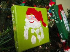Kid gift for Christmas? Time to start pricing small canvas squares