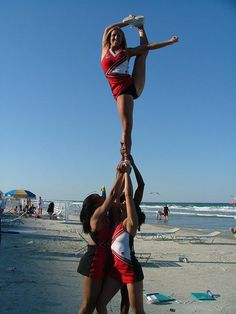 college cheerleader, cheerleading, stunts, bow and arrow cheer stunting beach #KyFun m.16.60.1  moved from @Kythoni Cheerleading: Collegiate board http://www.pinterest.com/kythoni/cheerleading-collegiate/