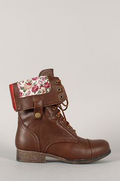 This vintage inspired combat boots