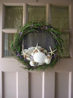 shells on wreath